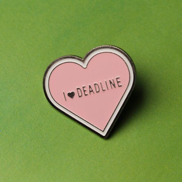 Значок I LOVE DEADLINE